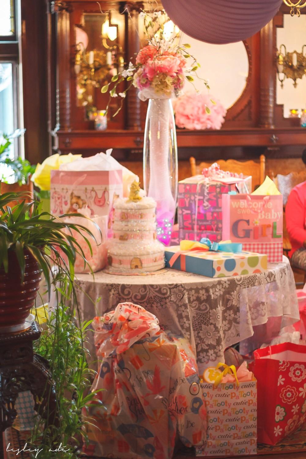 baby shower_lesleyadephoto-20.jpg