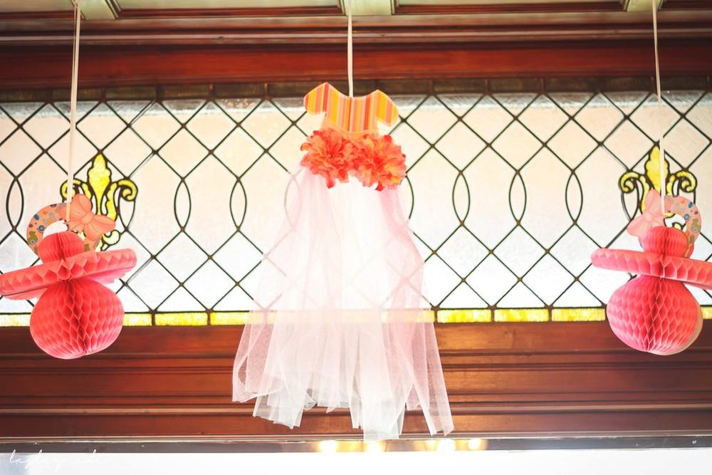 baby shower_lesleyadephoto-16.jpg