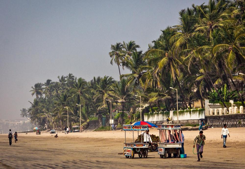Juhu beach - gola walas
