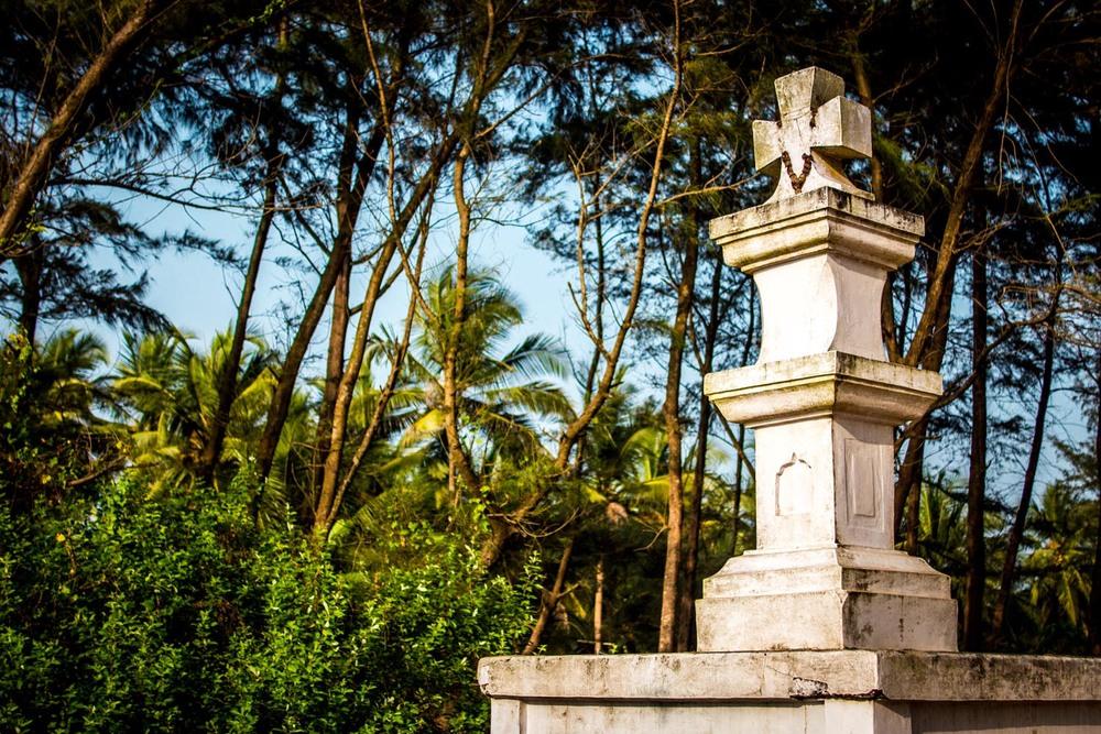 Paradise beach Christian memorial