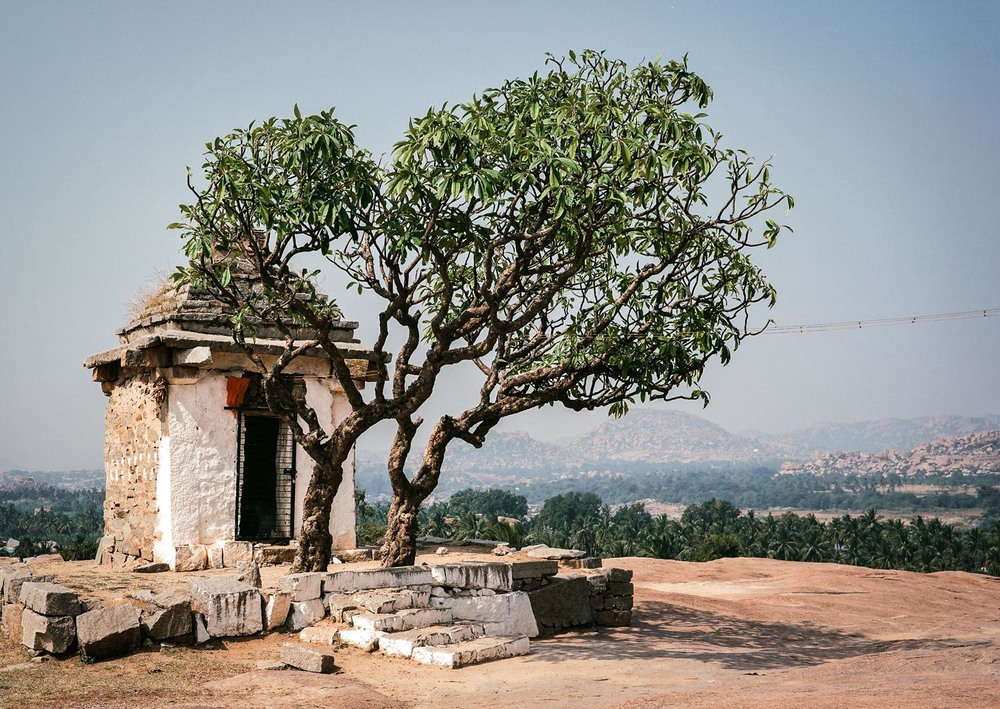 Temple on Hemakuta Hill