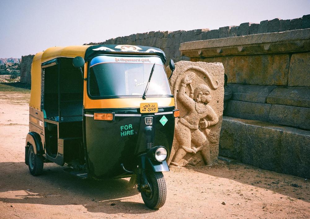 Tuk-Tuk & Hanuman