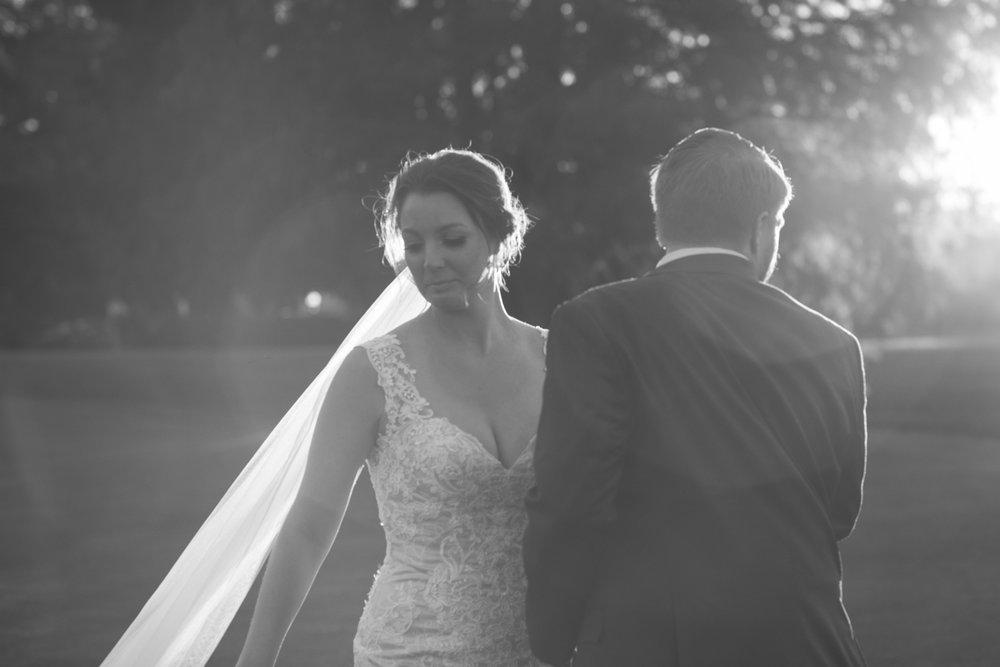 LAURA+BRIAN_wedding_countrycluboforlando©lhphotography 2016-0478.jpg