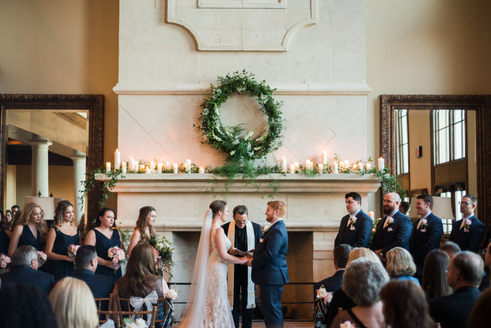 LAURA+BRIAN_wedding_countrycluboforlando©lhphotography 2016-0312.jpg