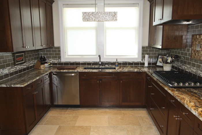 summer-2012-kitchen-02.jpg