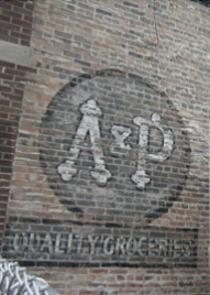 A&P logo old brick 2.png
