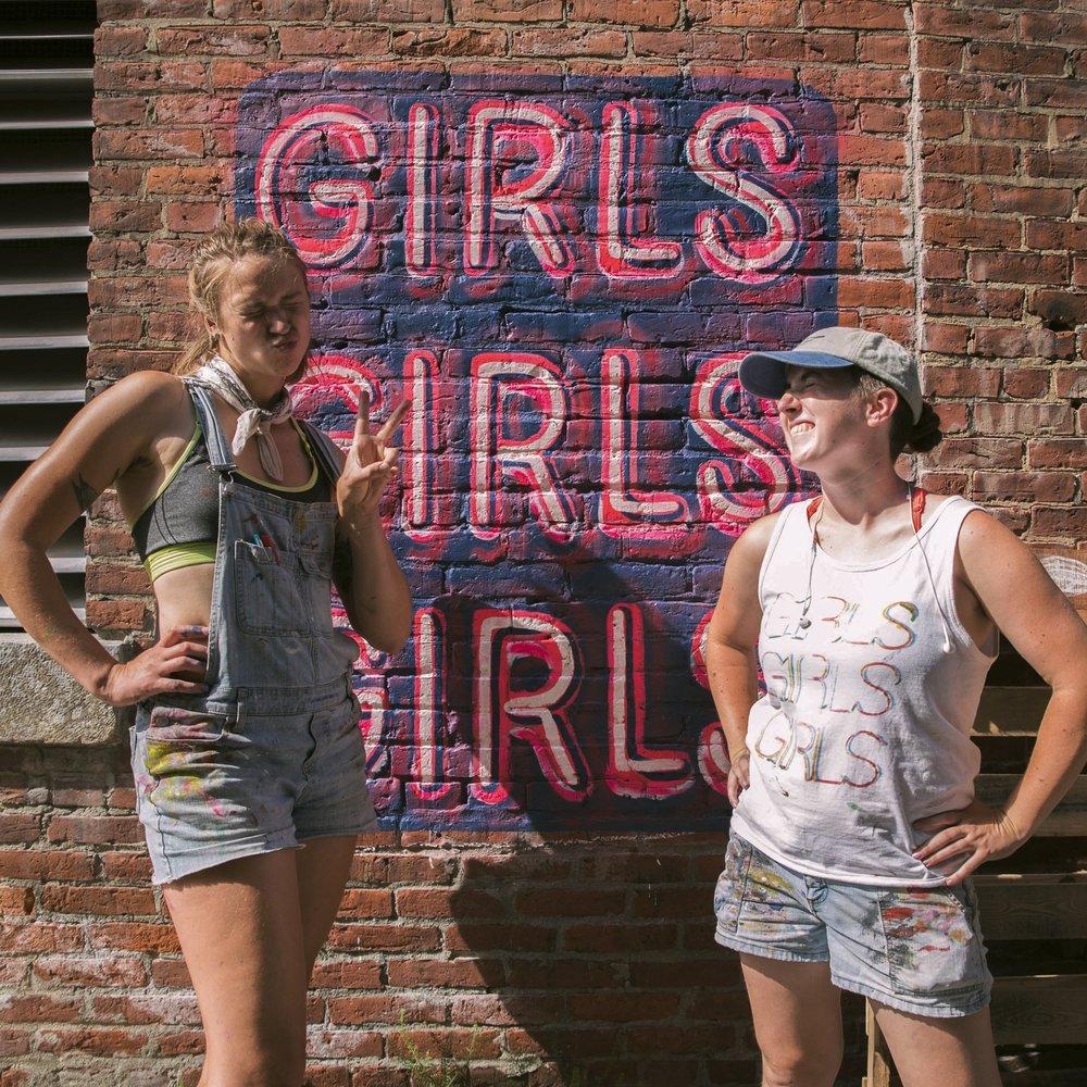 girls3arielle_1.jpg