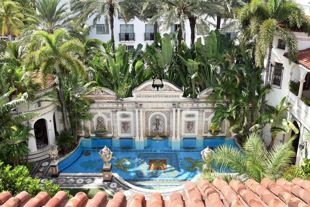 versace-mansion-pool.jpg