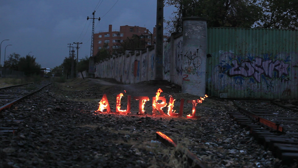 08_Avelino Sala_Autrui_2012.png