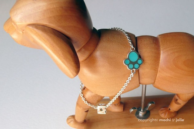 Paw Bracelet with Turquoise stones
