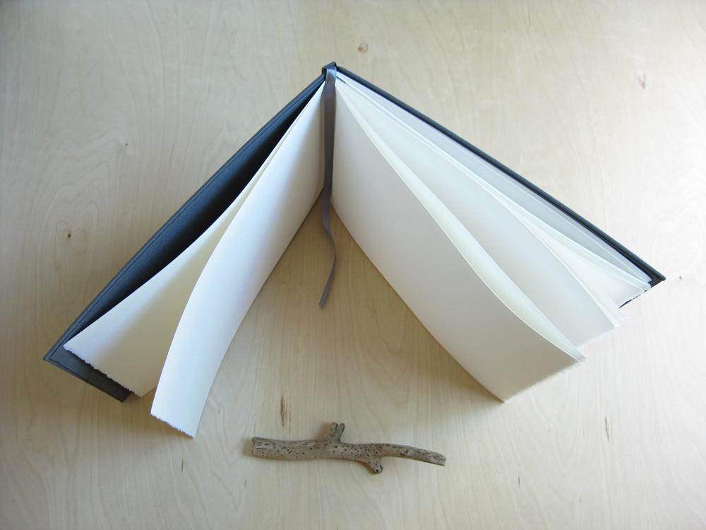 handboundguestbook
