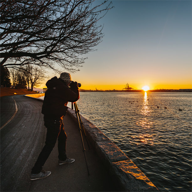 Brian Lee capturing the sunrise along the seawall of Stanley Park, Vancouver, B.C., Canada.