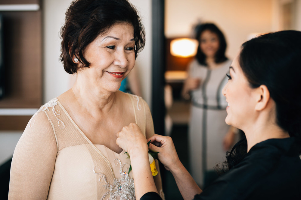 filipino wedding photographers noyo creative richmond westin centre candid