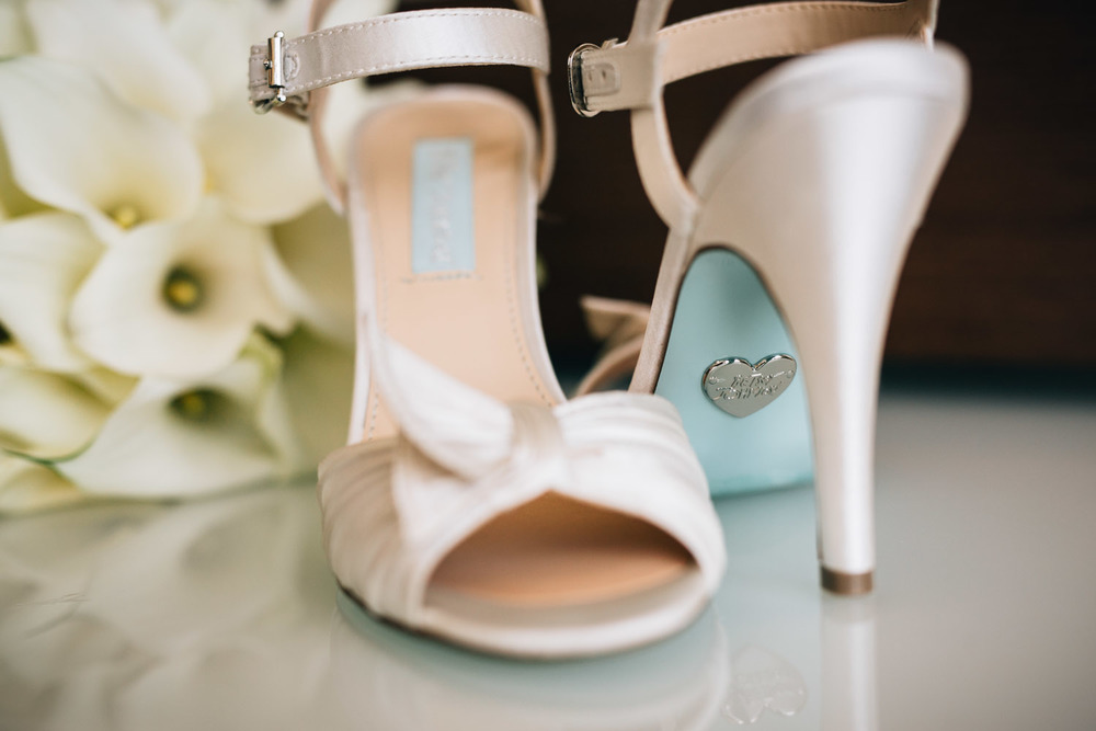 betsey johnson wedding shoes richmond westin wall centre photographers noyo creative