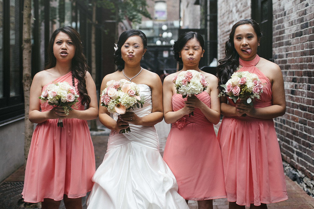 vancouver gastown wedding photographers bridesmaids candid storytelling noyo creative