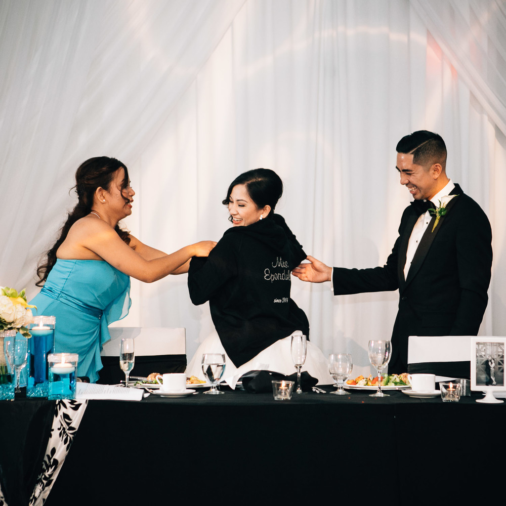 richmond wedding reception photography westin wall centre vancouver airport noyo creative