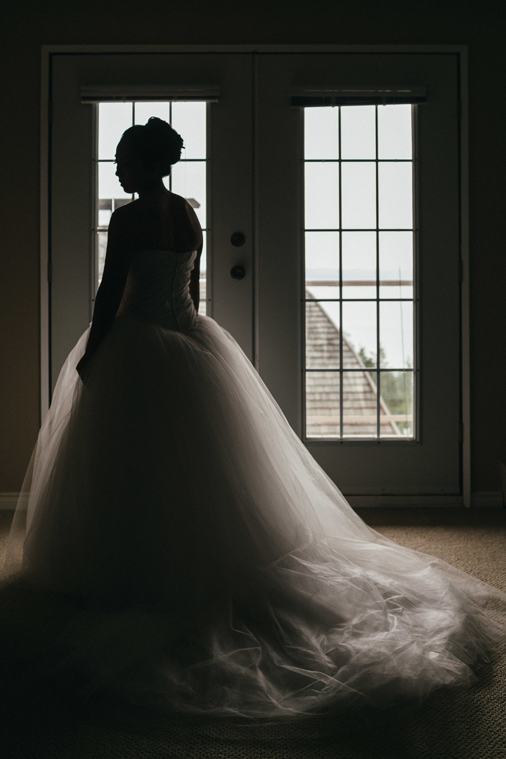 west vancouver wedding photographers noyo creative asian bride silhouette