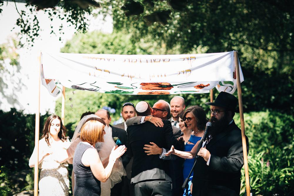 vancouver jewish bride groom ceremony wedding photographer noyo creative
