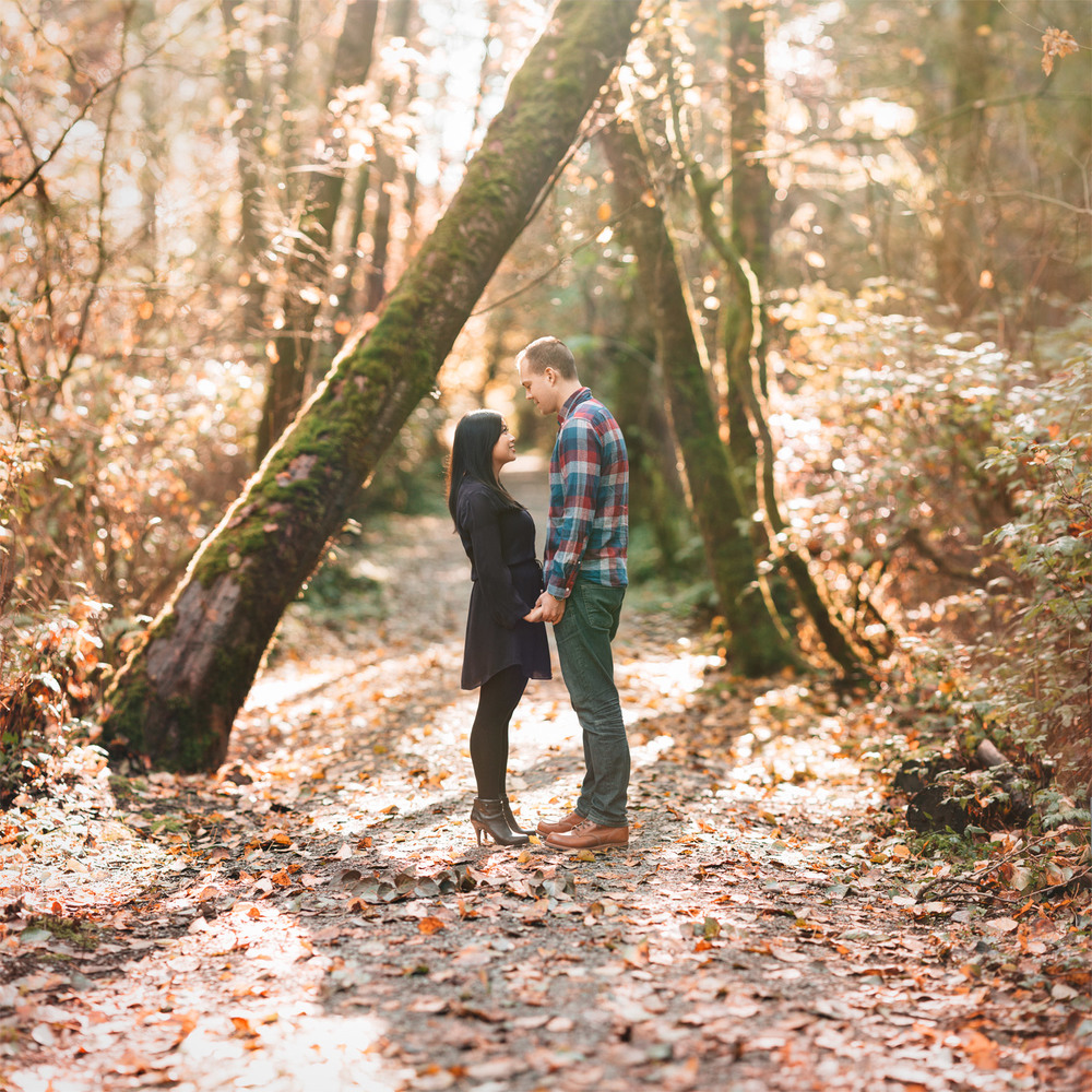 vancouver engagement photographer brenzier method pacific spirit regional park