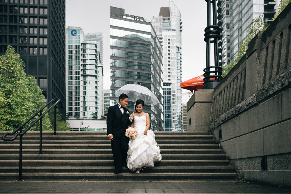 coal harbour vancouver wedding photographers