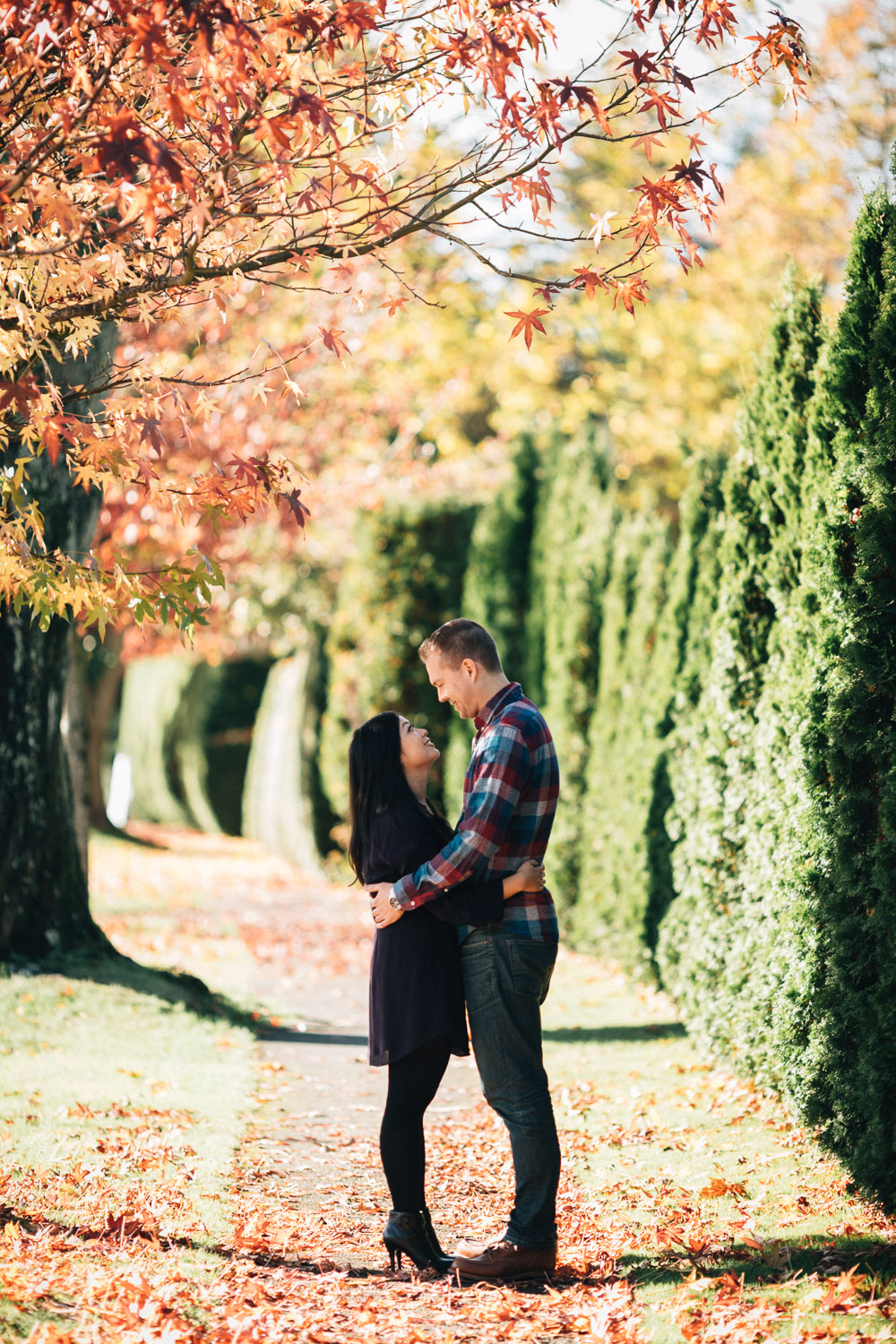 fall romantic engagement photography vancouver ubc