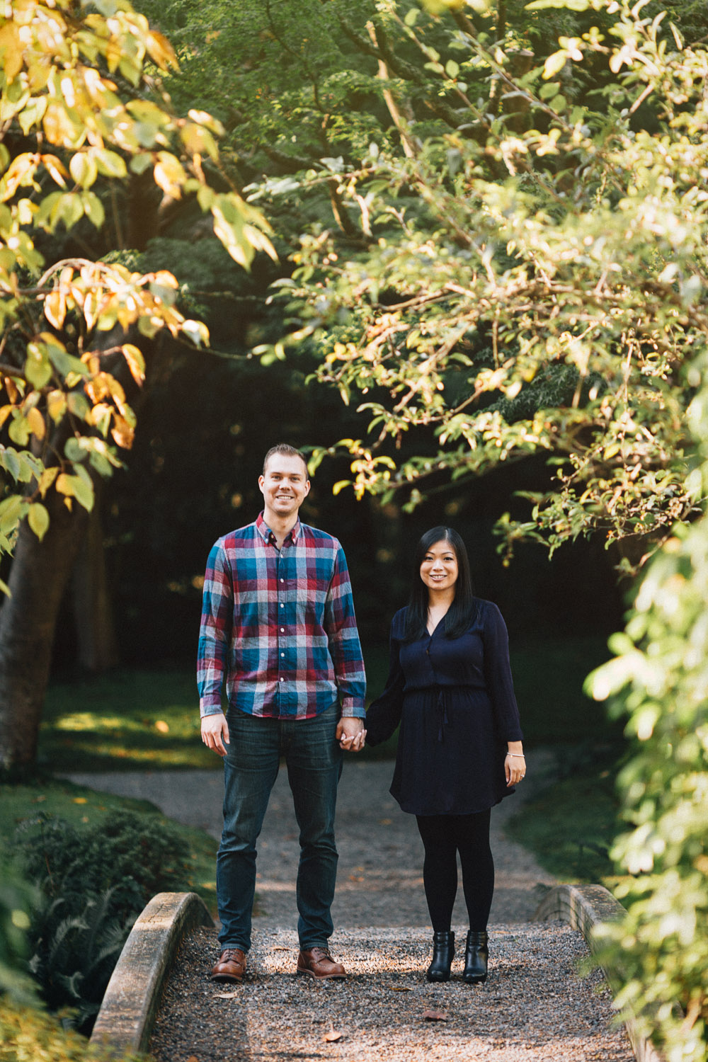 vancouver portrait photographer engagement session ubc nitobe garden