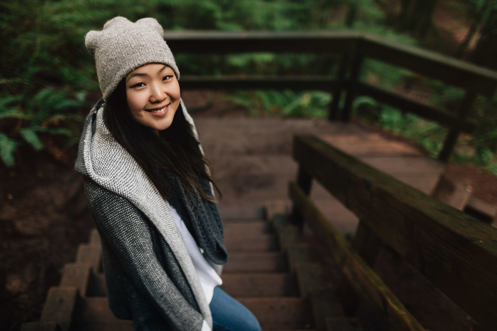 vancouver portrait photographer with Sarah Lee at Lynn Canyon Park
