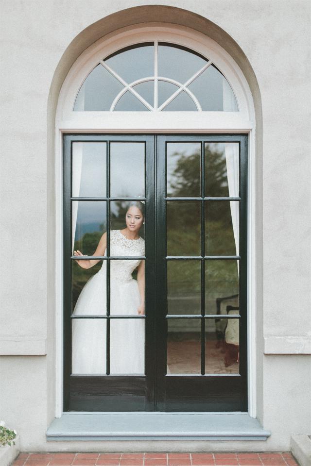 Vancouver-Wedding-Photographer-Hycroft-Manor-Bride-2.jpg