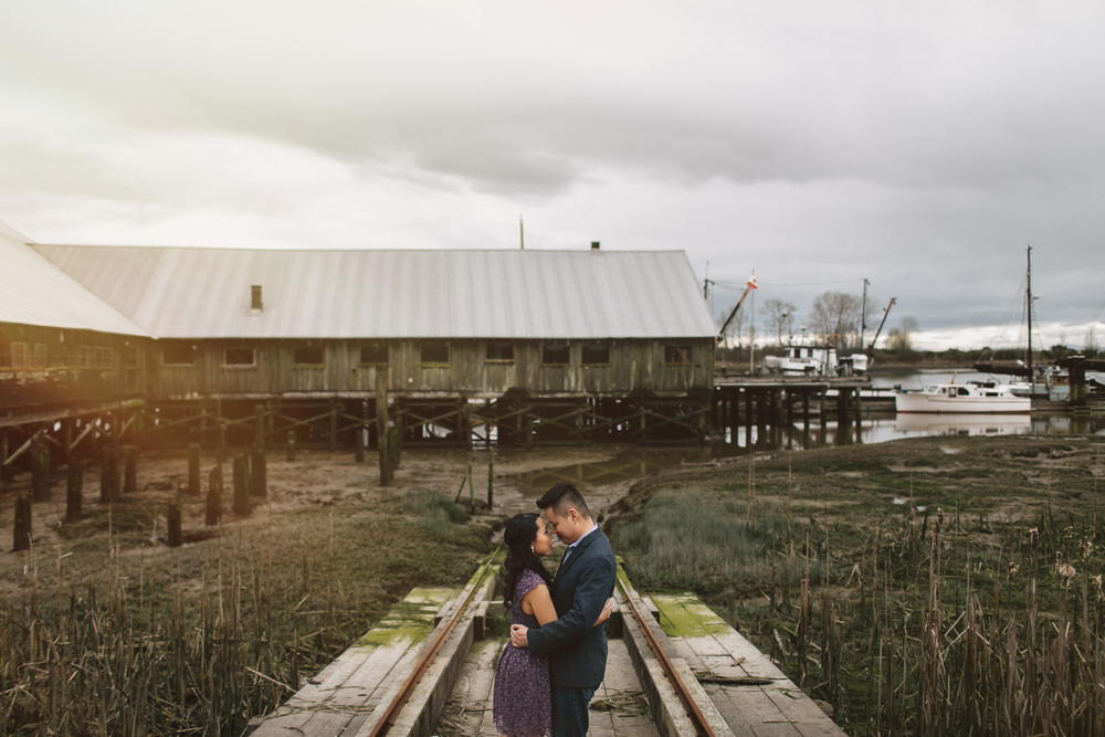 britannia shipyard engagement session