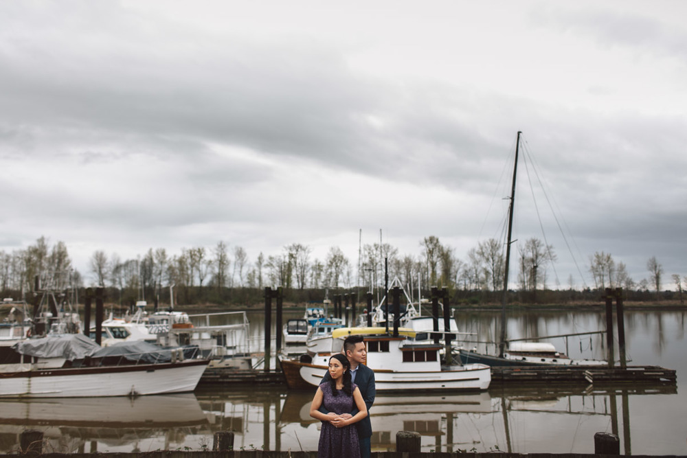 richmond engagement session at britannia shipyard with noyo creative