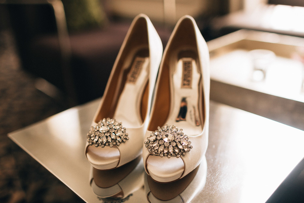 bride wedding shoes at the vancouver club coal harbour photography