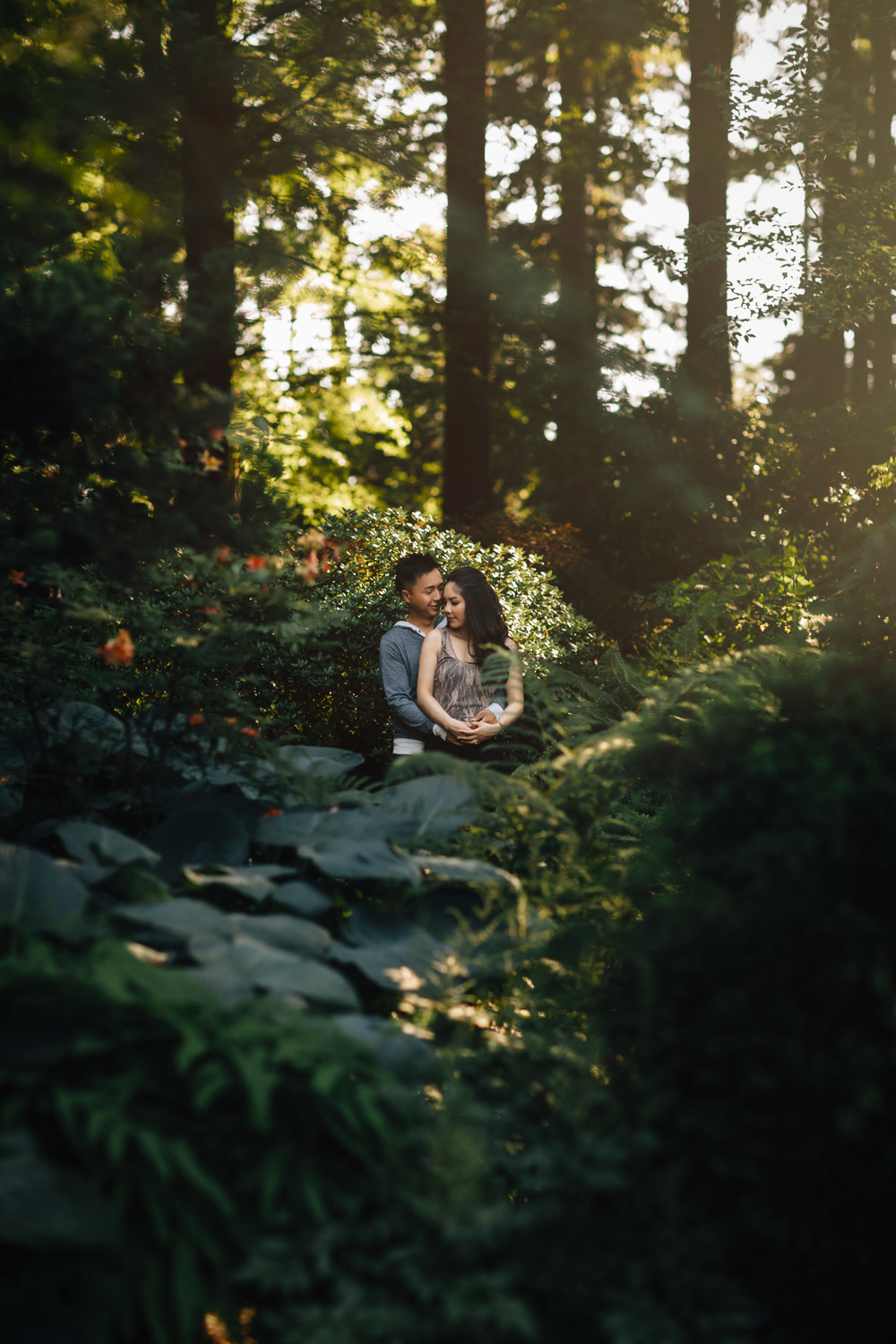 vancouver engagement photography in stanley park with anna & james