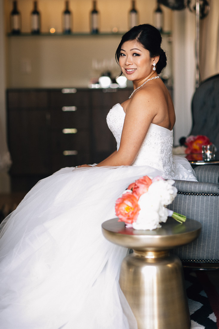 bride portrait at the vancouver club in coal harbour