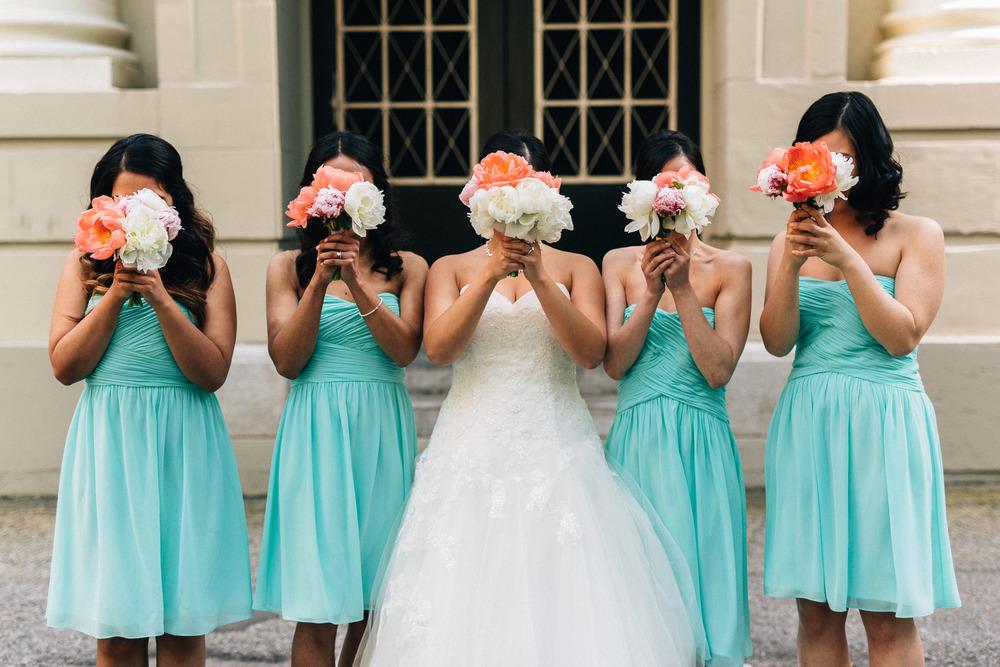 bridesmaids bouquet flowers fun vsco wedding photography