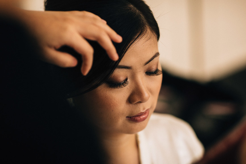 bridal makeup bride at the vancouver club in coal harbour for wedding