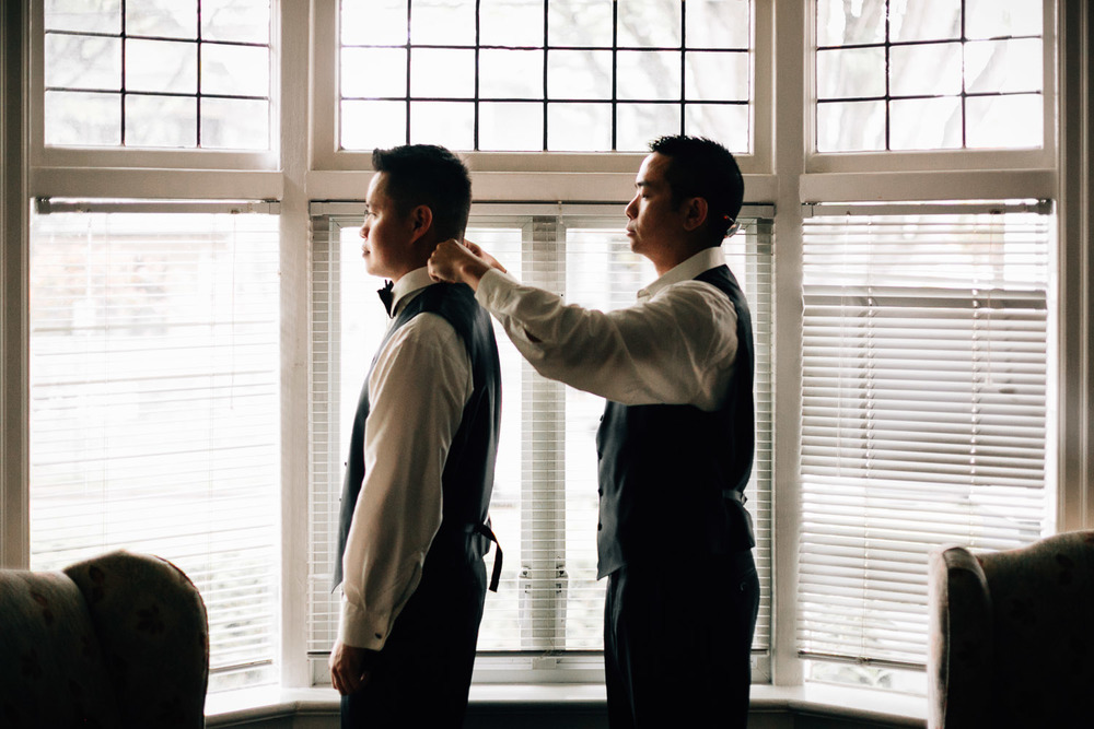 groom getting ready in vancouver wedding photography