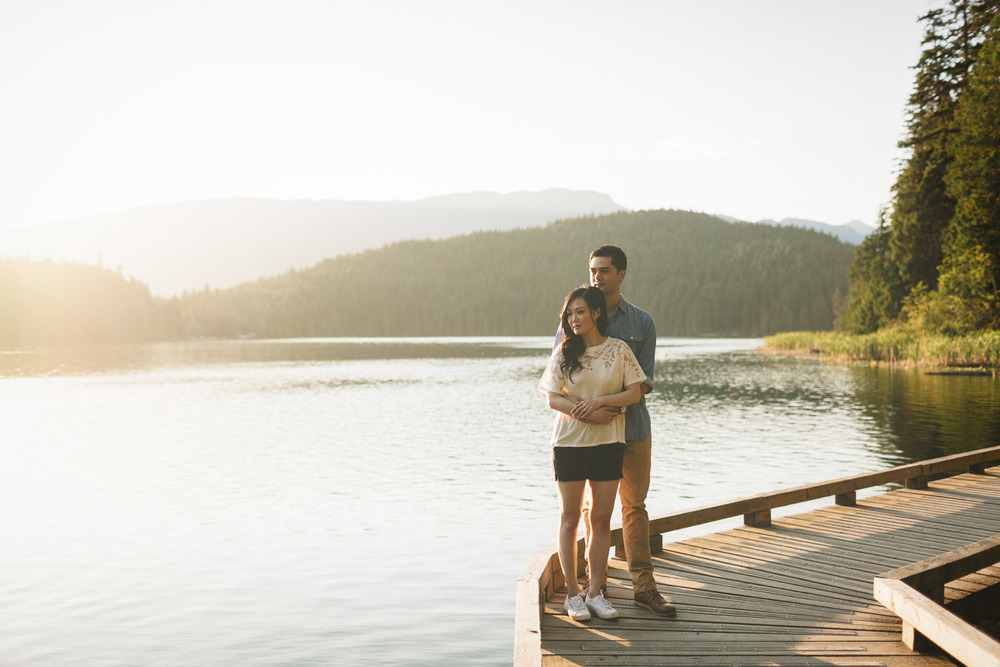 engagement summer sunset couple at sasamat lake photography