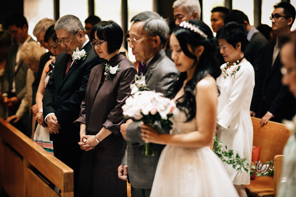 bride prayer at redeemer lutheran church vancouver wedding photography