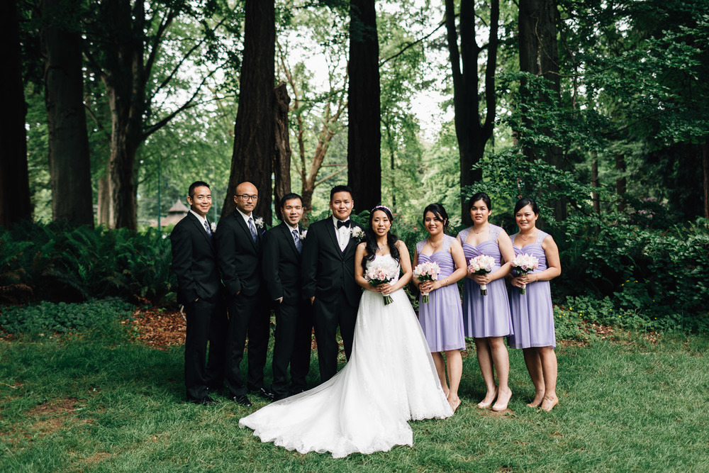 bridal party portrait in stanley park wedding