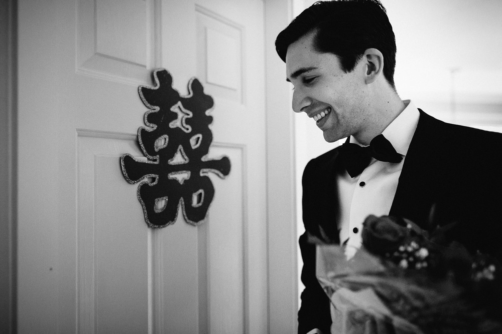 vancouver wedding photography chinese door games black and white