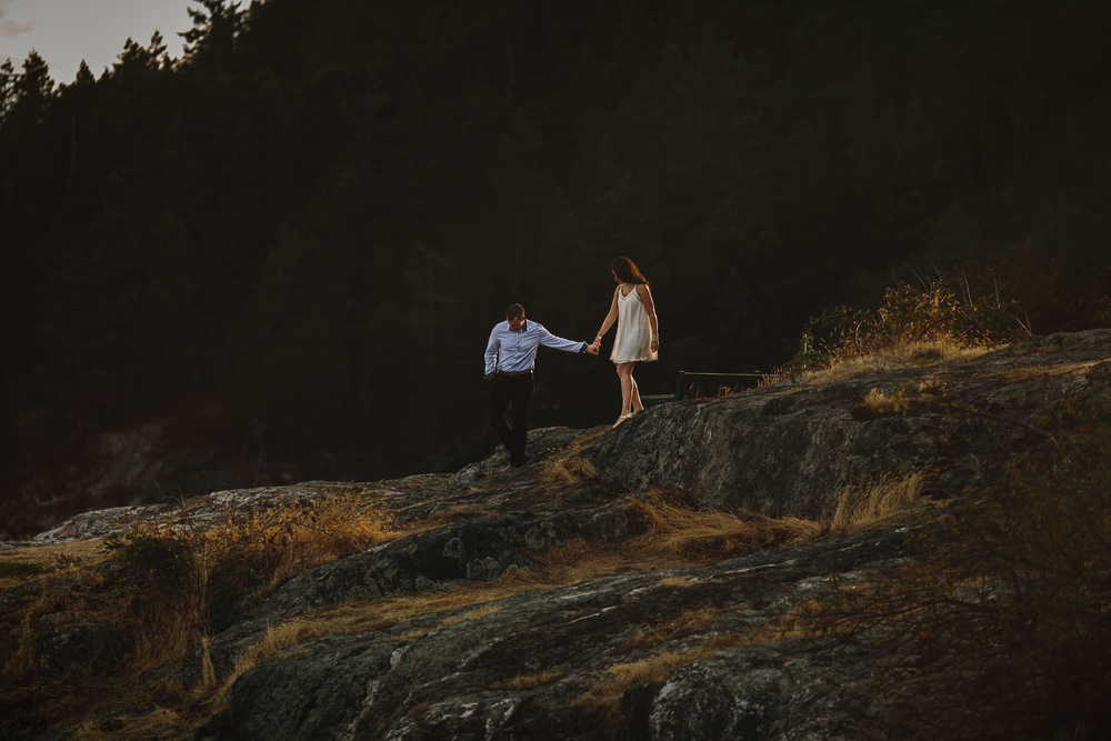 west vancouver engagement photography caulfield park