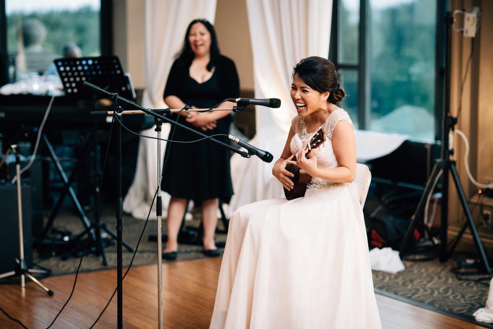 pitt meadows vietnamese filipino wedding at swaneset reception photography