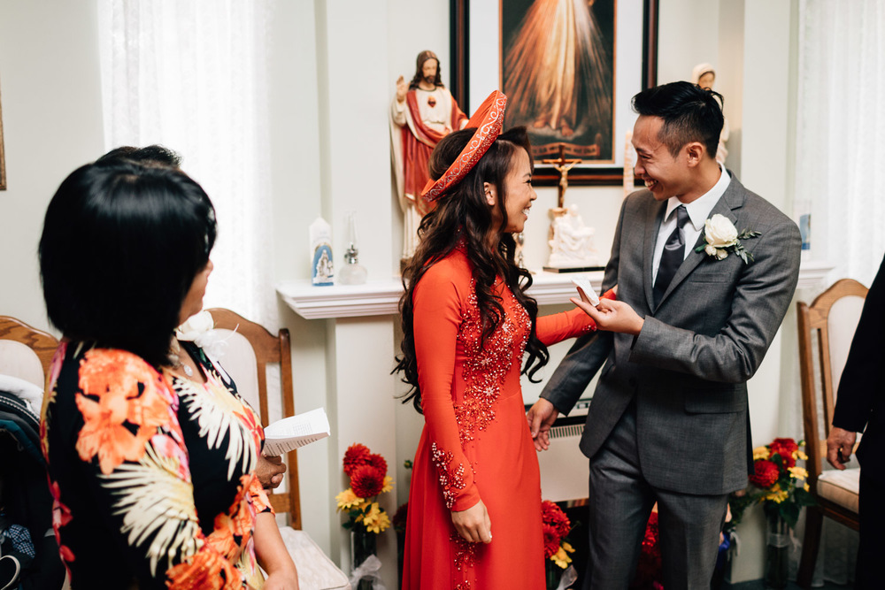 mission wedding photographer vietnamese catholic door games
