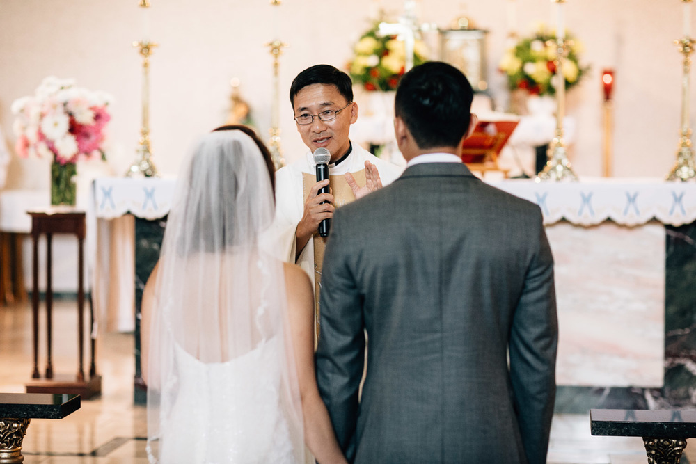 maple ridge wedding photographer catholic ceremony vietnamese