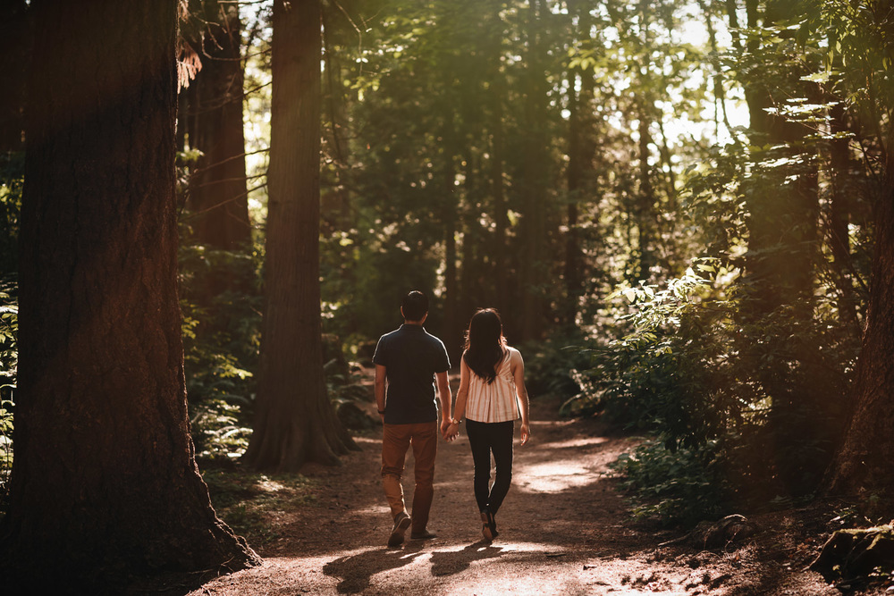 surrey forest engagement photography at redwood park