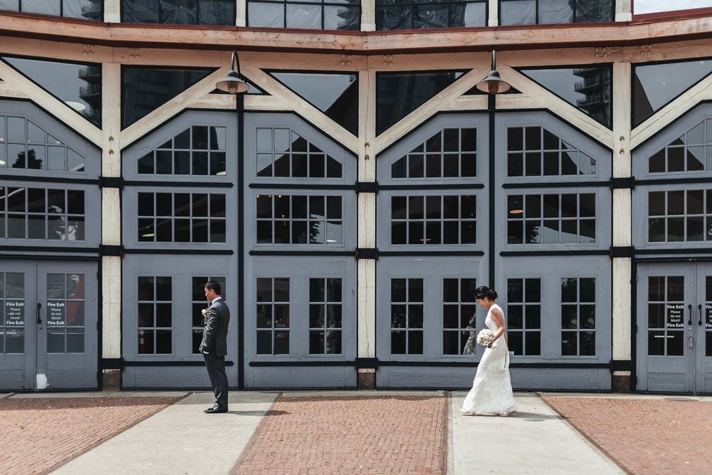 first look yaletown roundhouse vancouver bc wedding photography