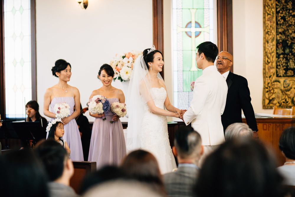 bride and groom ceremony in richmond at minoru chapel