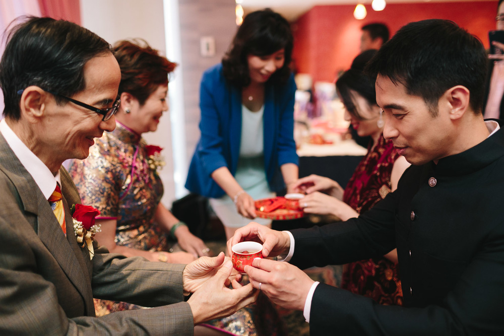 tea ceremony tradition in richmond bc for wedding