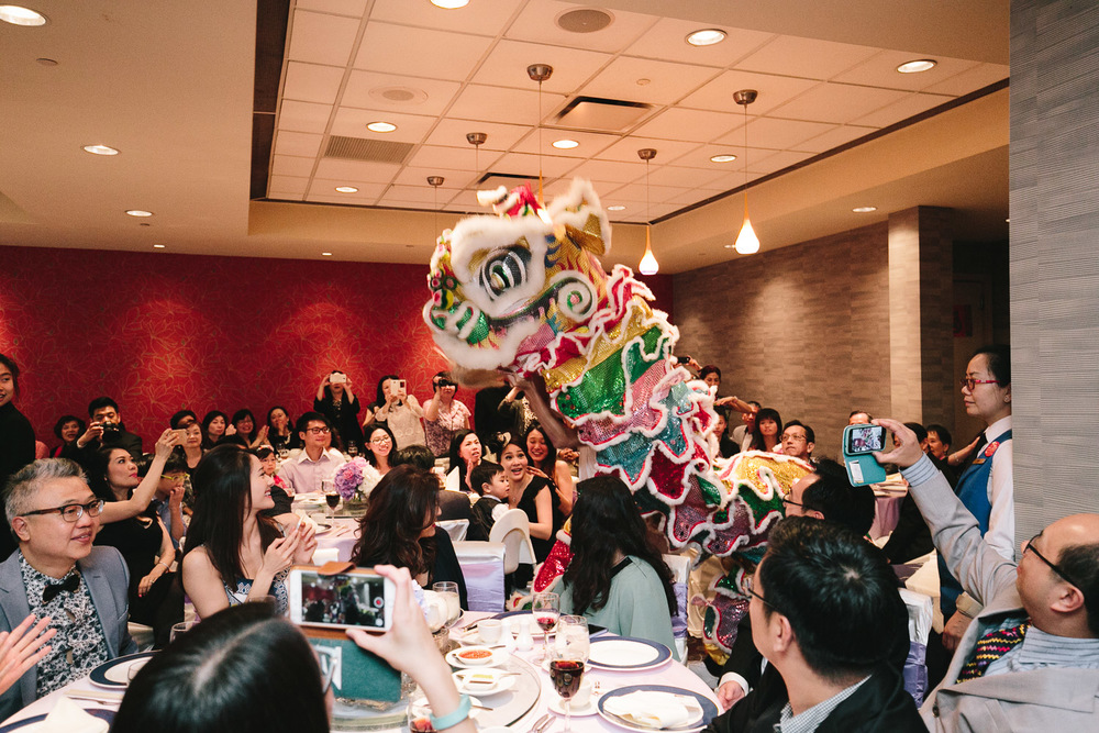 Chinese dragon dance celebration wedding at Kirin Restaurant in Richmond BC