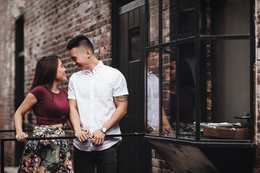 vancouver engagement photography in gastown bc